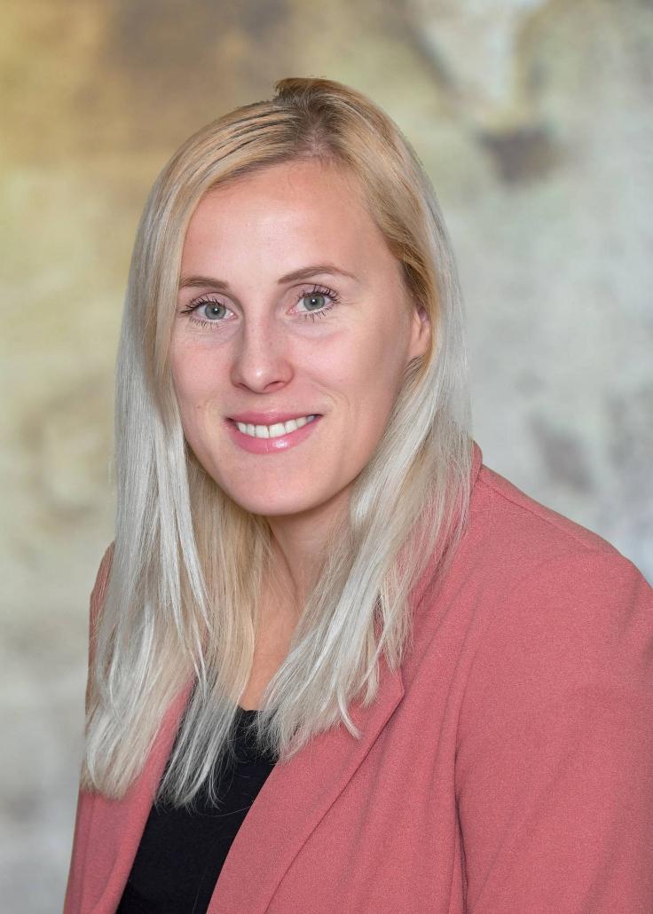 Prof. Claudia Eberhard